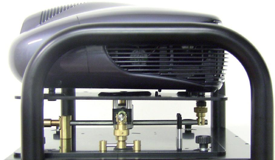 gabbia per videoproiettore con regolazione micrometrica